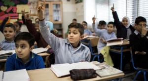 Migrant children in a classroom